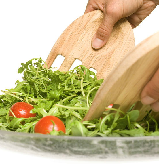 Sagaform-Oak-Salad-Hands-Server-Dinner-Parties-Stylish-In-Situ