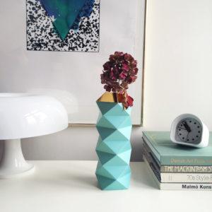 Future Days - vase en carton