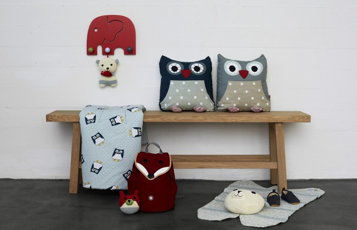 FRANCK & FISCHER- Owl cushions on bench