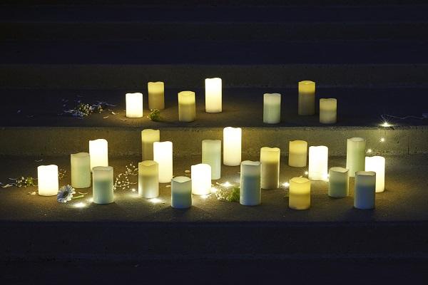 lot de 3 bougies led en cirerose blushtenna sirius la petite scandinave. Black Bedroom Furniture Sets. Home Design Ideas