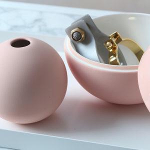 Ball-Vase-Bonbonniere-Pink