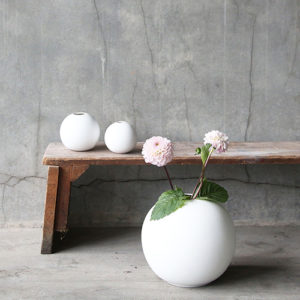 Cooee - vase Ball