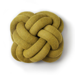 Knot coussin jaune - Design House Stockholm
