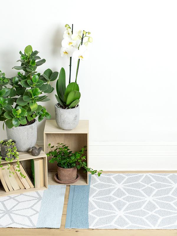 tapis prisma aqua reversibleplusieurs tailles disponibleslina johansson. Black Bedroom Furniture Sets. Home Design Ideas