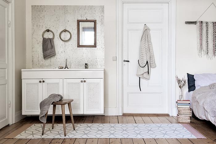 tapis prisma rosa reversibleplusieurs tailles disponibleslina johansson. Black Bedroom Furniture Sets. Home Design Ideas
