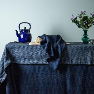 Lina Johansson : les nappes (La vente se termine le 25 mars)